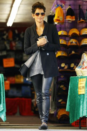Halle Berry afternoon shopping at Westfield Mall in Century City