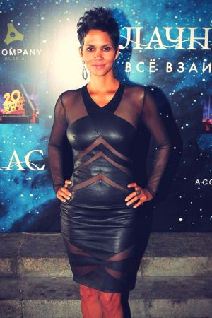 Halle Berry arrives at the premiere of her film Cloud Atlas