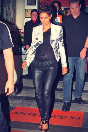Halle Berry leaves the Antiquarius restaurant