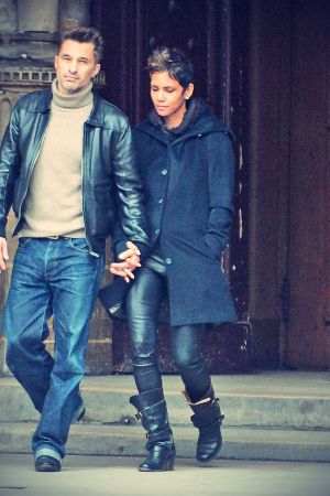 Halle Berry strolling through Paris and visting the churces