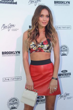 Hannah Davis attends Sports Illustrated Swimsuit