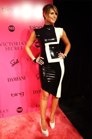 Heidi Klum at Victoria's Secret fashion show 2009