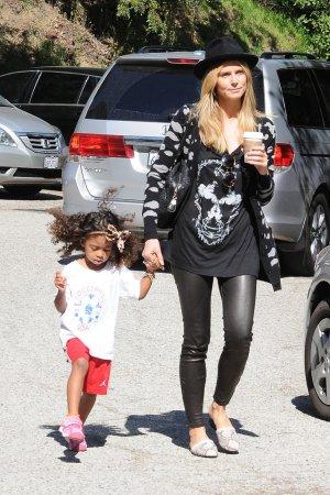 Heidi Klum take her kids to their soccer game