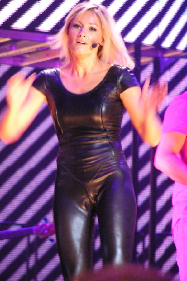 Helene Fischer At Fur Einen Tag Tour Leather Celebrities