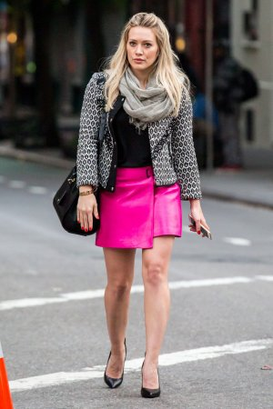 Hilary Duff on the set Younger candids in New York