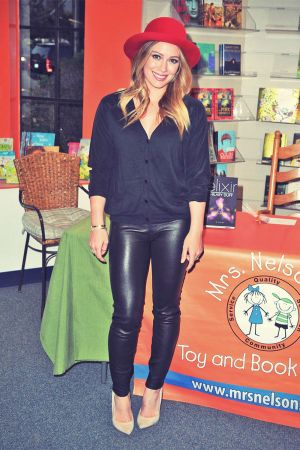 Hilary Duff promotes her new book