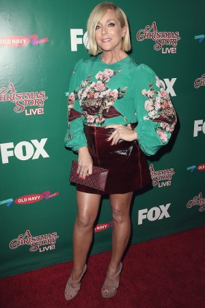 Jane Krakowski attends A Christmas Story Live! Lighting Event