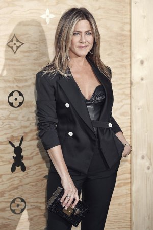 Jennifer Aniston attends Louis Vuitton's dinner