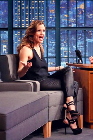 Jennifer Garner at Late Night with Seth Meyers