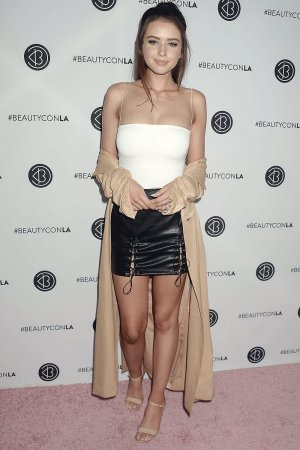 Jess Conte attends the Beautycon Festival