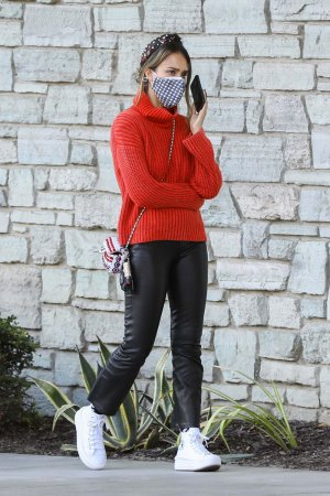 Jessica Alba seen at Christmas shopping at Target discount store in Hollywood