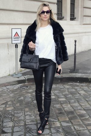 Jessica Hart attends Paris Fashion Week
