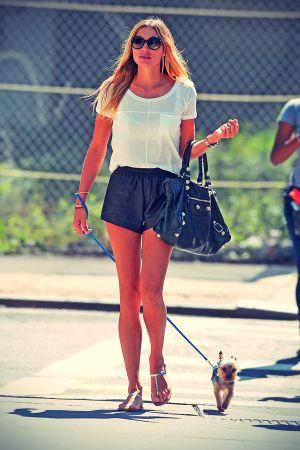 Jessica Hart walking Her Dog