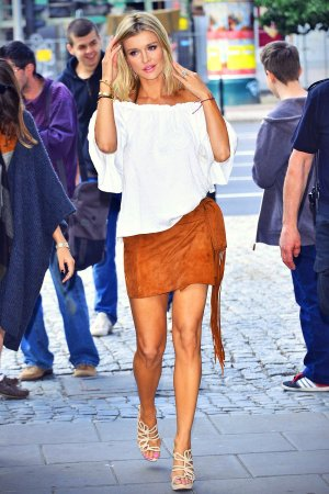 Joanna Krupa leaving her apartment on her way to TVN Television
