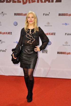 Julia Dietze premiere RUBBELDIEKATZ in Berlin
