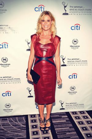 Julie Bowen arrives at the Academy Of Television Arts & Sciences Performers Peer Group Cocktail