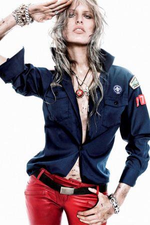 Karolina Kurkova Photoshoot 2010 for Vogue Spain