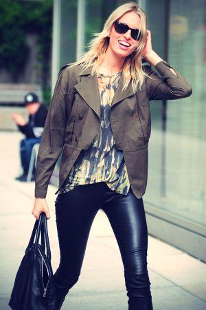 Karolina Kurkova takes a stroll in New York