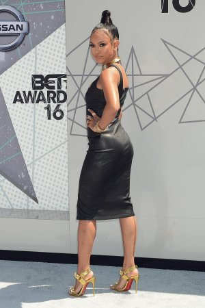 Karrueche Tran attends 2016 BET Awards