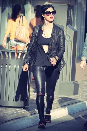 Kat Von D and friends go shopping at the Grove