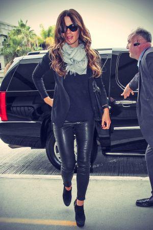 Kate Beckinsale arrives at Los Angeles International Airport