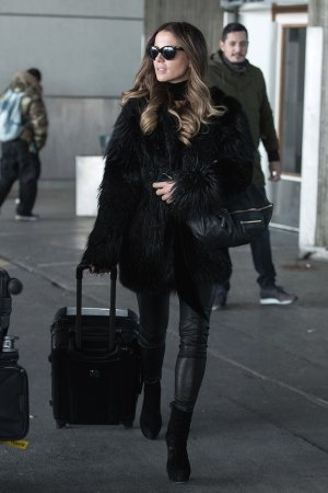 Kate Beckinsale at Charles de Gaulle CDG Airport