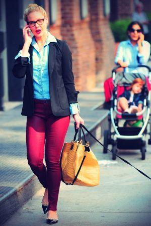Katherine Heigl Walking her dog in NYC