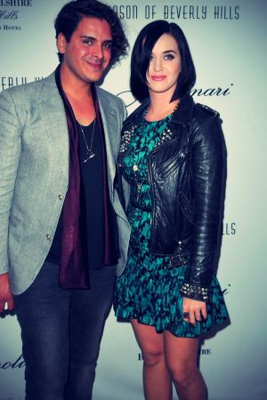 Katy Perry at Jason of Beverly Hills jewelry store events