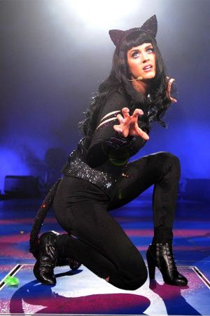 Katy Perry Performs at the Staples Center in Los Angeles