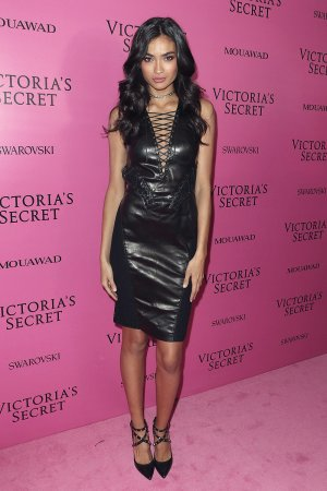 Kelly Gale attends Victoria's Secret Fashion Show