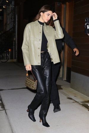 Kendall Jenner arrives at Gigi Hadid's house