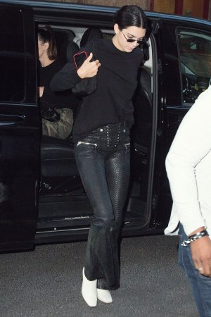 Kendall Jenner arriving at Kinugawa restaurant