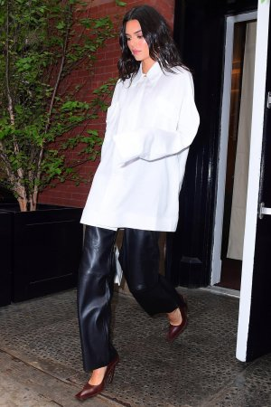 Kendall Jenner outside her hotel in NYC