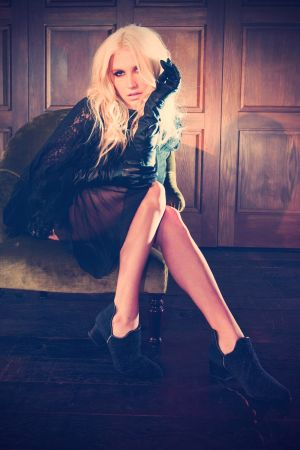 Kesha Sebert at Portraits while on Promotour