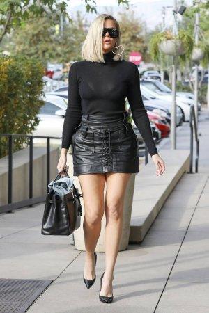Khloe Kardashian arrives at Villa