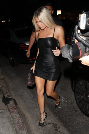 Khloe Kardashian arriving at Nice Guy restaurant