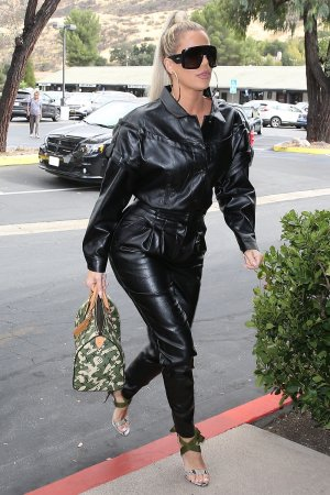 Khloe Kardashian goes out for lunch at Plata Taqueria & Cantina