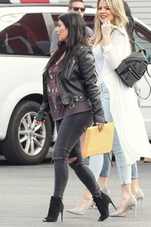 Khloe, Kim, Kourtney and Kylie at a bowling