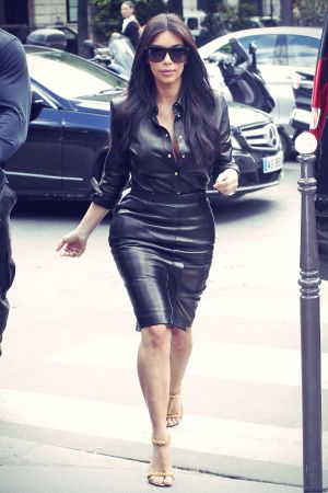 Kim Kardashian shopping at l'Avenue