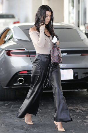 Kourtney Kardashian at Il Pastaio restaurant