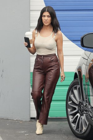 Kourtney Kardashian leaving the Kardashian family studio