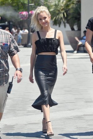 Kristin Cavallari seen on the set of EXTRA
