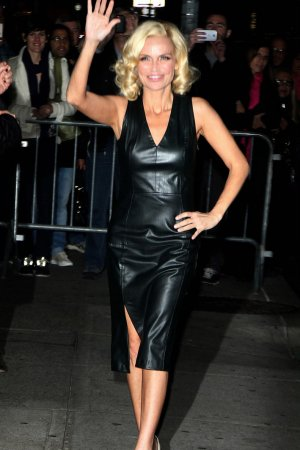 Kristin Chenoweth arrives at Late Show with David Letterman