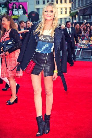 Laura Whitmore attends the World Premiere of One Direction