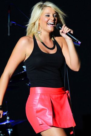 Lauren Alaina performing live during the In your Hands tour