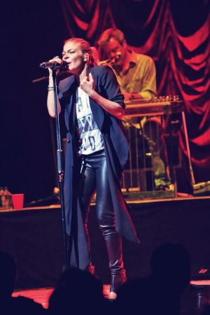 LeAnn Rimes performs at the Moody Theater