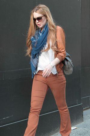 Lindsay Lohan shopping in Kiki De Montparnasse