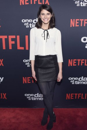 Lindsey Kraft attends One Day at a Time TV show Season 2 premiere