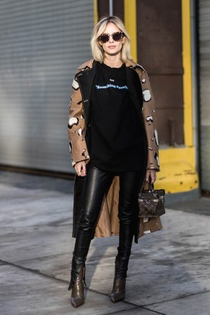 Lisa Hahnbueck street style in NYC
