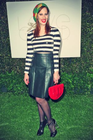 Liz Goldwyn attends LoveGold Celebrates 2013 Golden Globe Nominee Julianne Moore